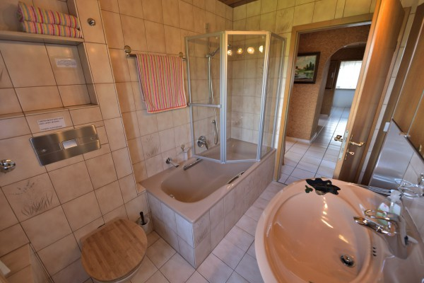 appartement-gauweiler05F0EC8C88-0534-9CA9-323C-68EEECEC8324.jpg